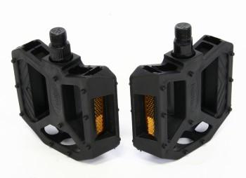 """039018 2 - Педали FP-850, ось 9/16"""", пластик, черные"""